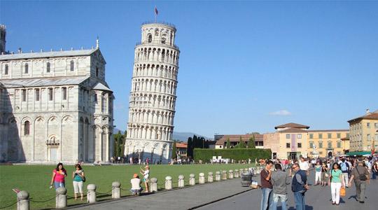 המגדל הנוטה בפיזה